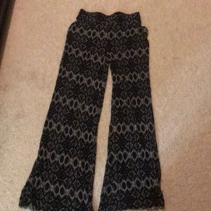 Black pattern pants